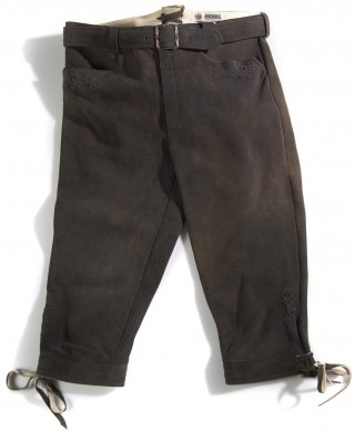 Deer leather trousers from Meindl.