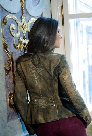 Mirabel deer leather jacket from Meindl.