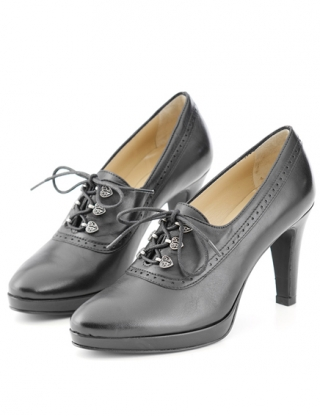 Originell high hill shoe from Dirndl und Bua.
