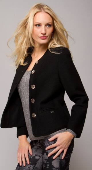 Slightly tailored short jacket for woman.