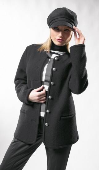 Classic Walk jacket for woman.