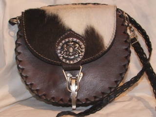 Leatherbag with fur from Sima